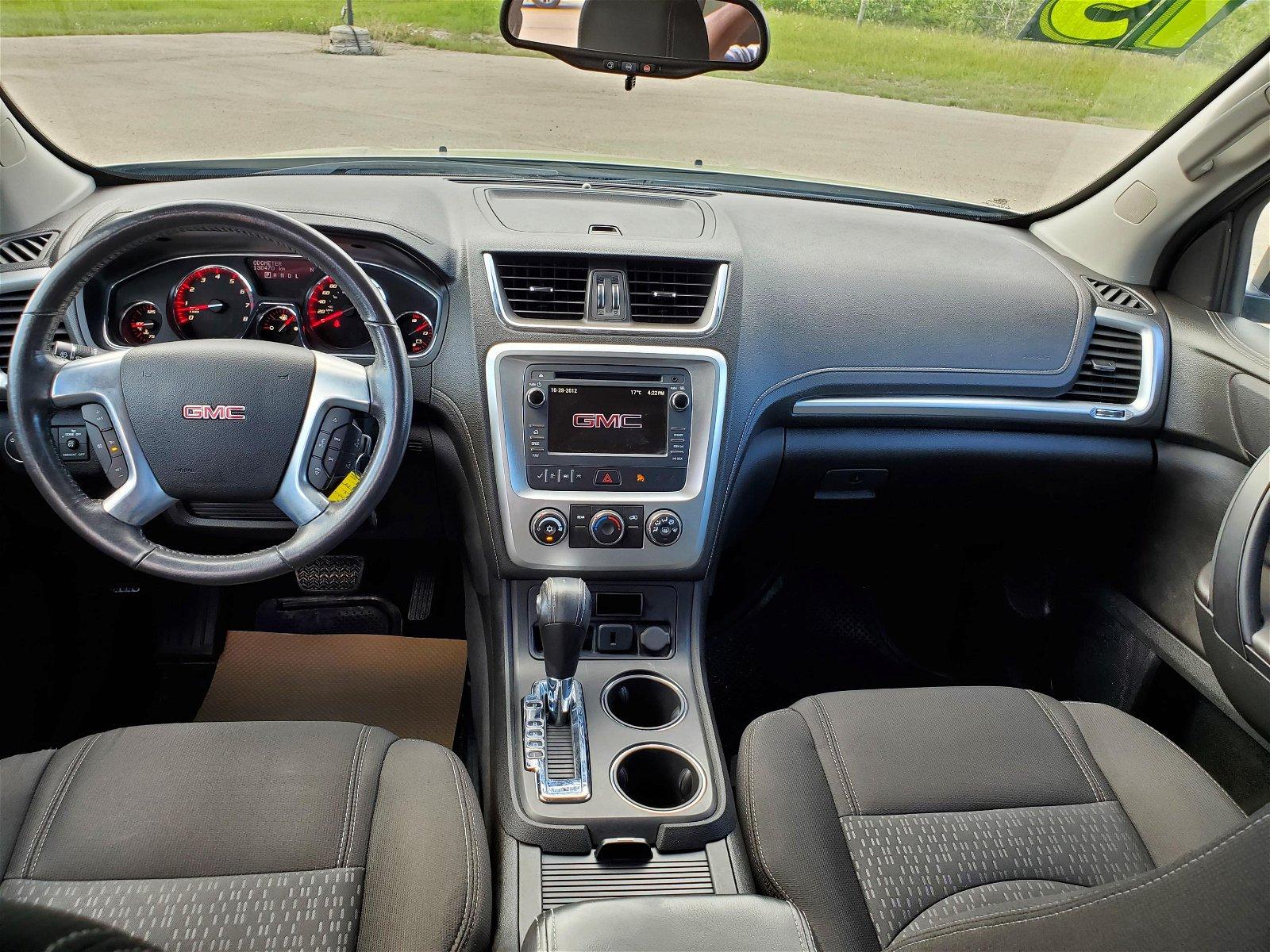 2015 GMC Acadia SLE AWD..