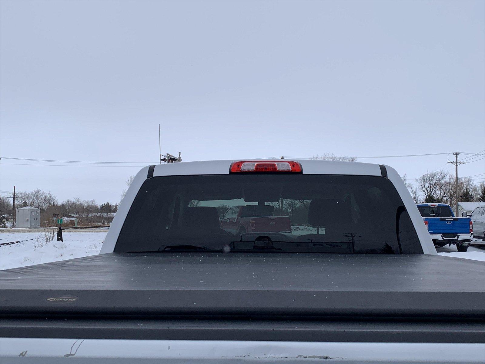 2018 GMC Sierra 1500 4WD Crew Cab 143.5 5.3 v8