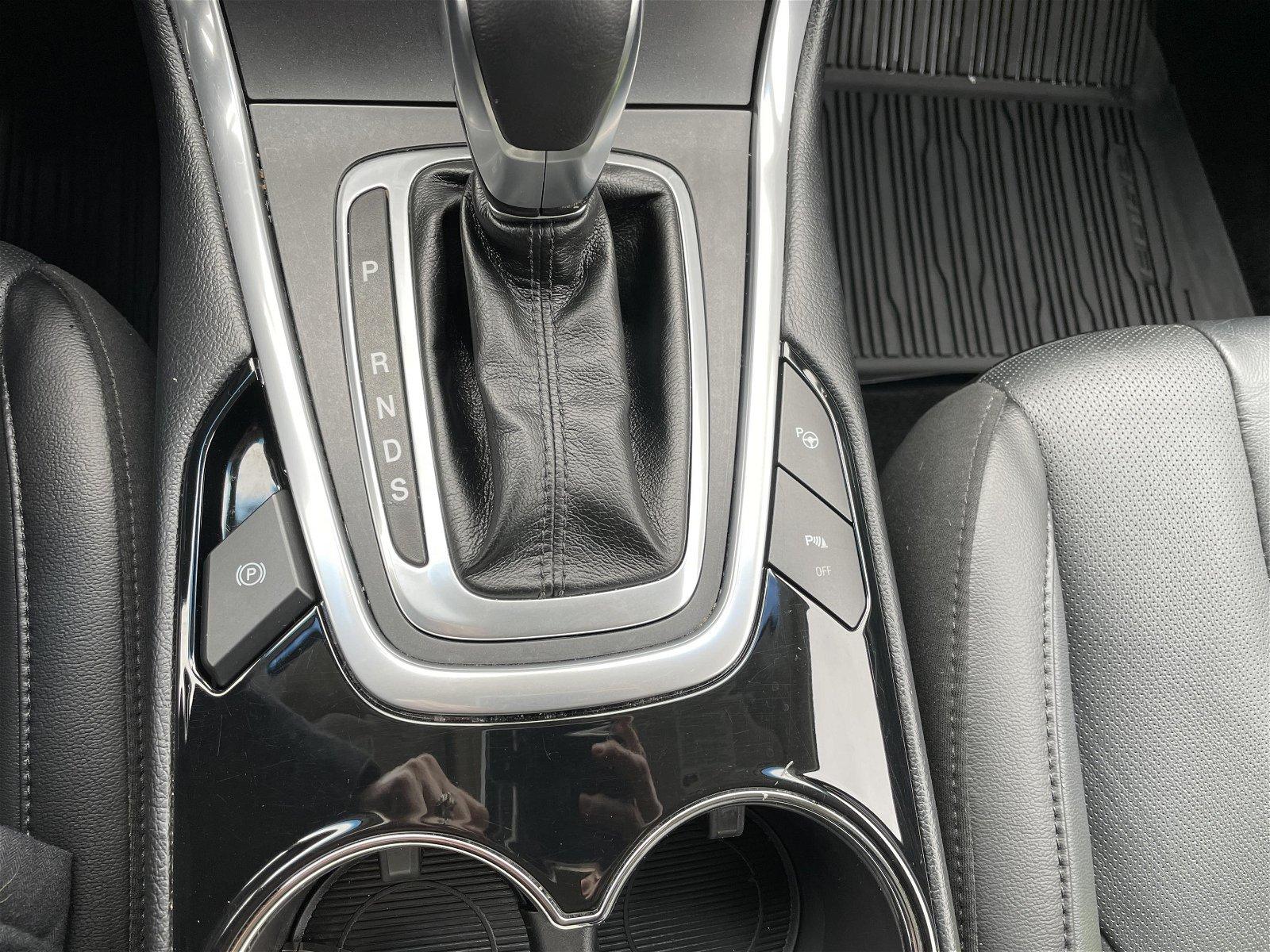 2018 Ford Edge Titanium 302A Moonroof AWD