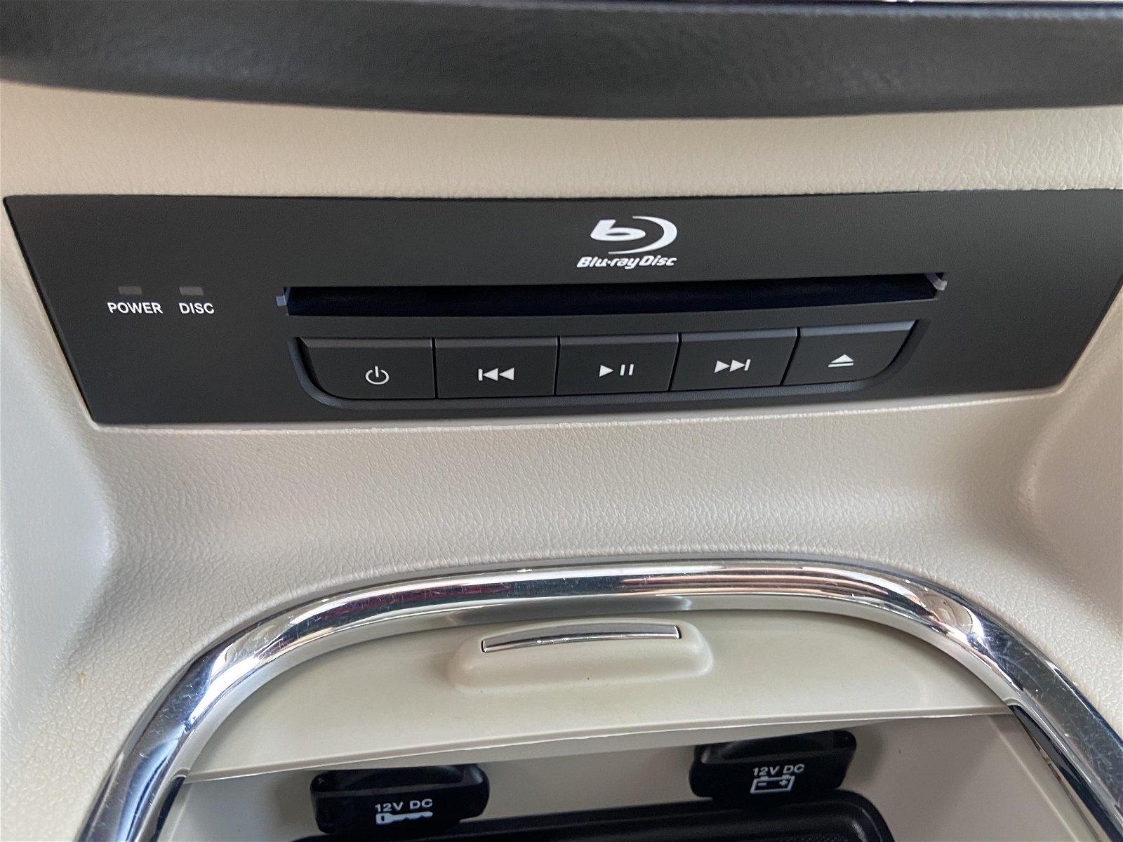 2014 Dodge Grand Caravan Crew Leather, HTD Wheel, PWR doors