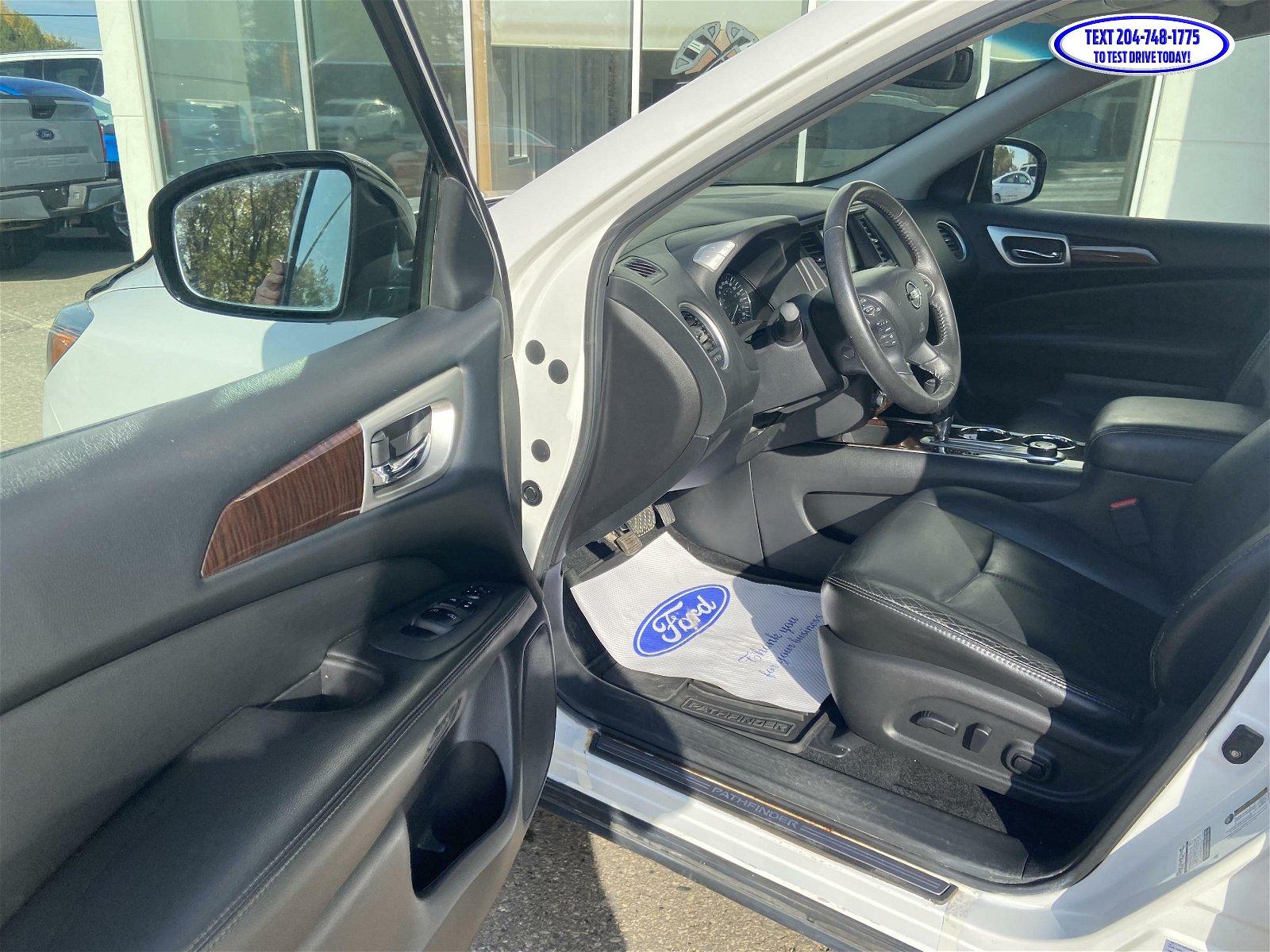 2014 Nissan Pathfinder SL AWD Loaded